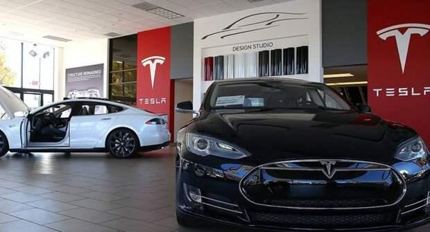 Tesla приостанавливает продажи своих электромобилей за биткойны