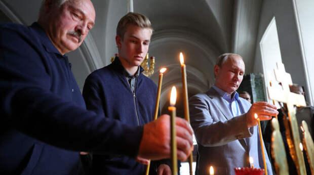 Сосновский объяснил, почему Лукашенко взял навстречу сПутиным сына Колю