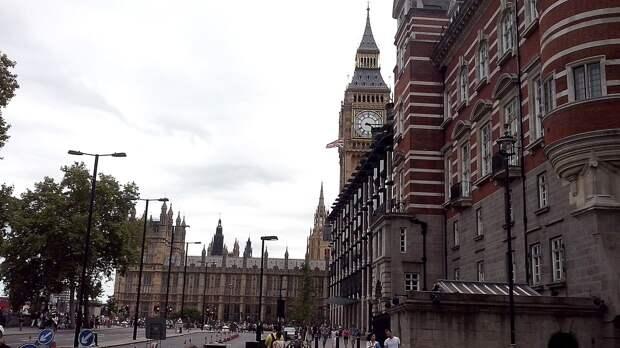 """Лондон пригрозил санкциями против """"СП-2"""" из-за инцидента с самолетом в Минске"""