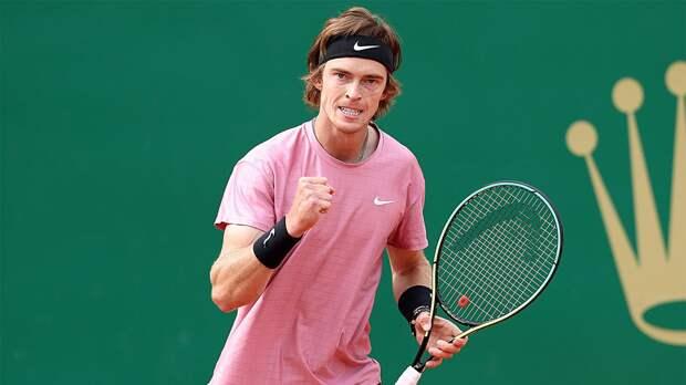 Рублев обошел Федерера и поднялся на 7-е место в рейтинге ATP