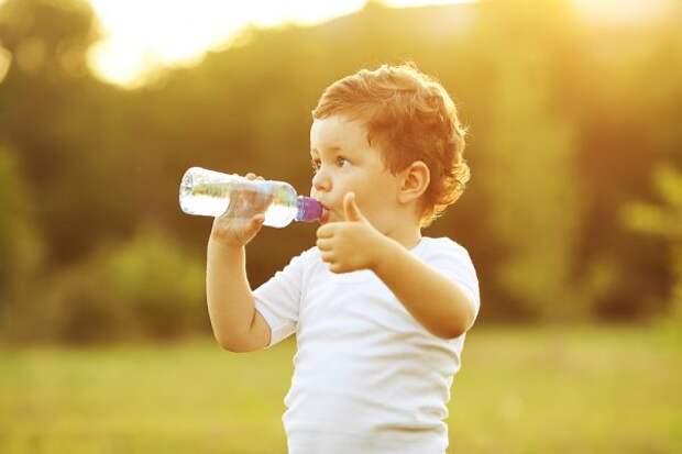 3 напитка, которые следует пить в жару