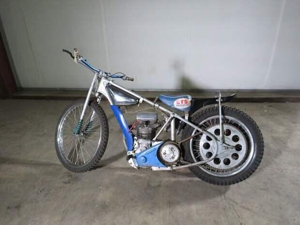 JAWA Speedway Racer Motorcycle Вот это ДА, винтажные авто, гоночные автомобили, интересно, коллекция авто, коллекция автомобилей, мотоциклы, раритетные автомобили