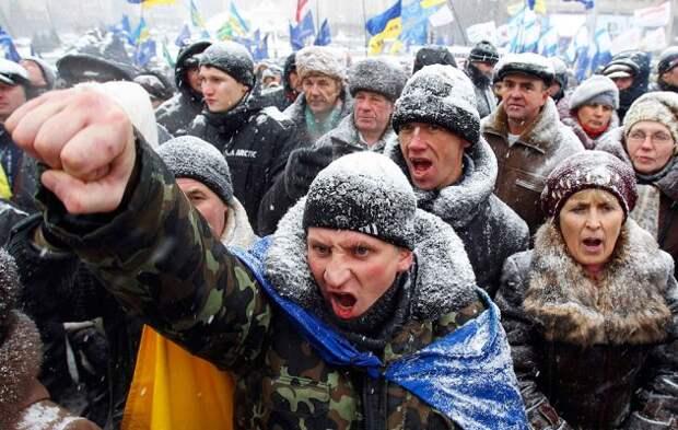 «Смоют в унитаз истории»: россияне жестко ответили украинцам, ожидающим решения Путина и Байдена