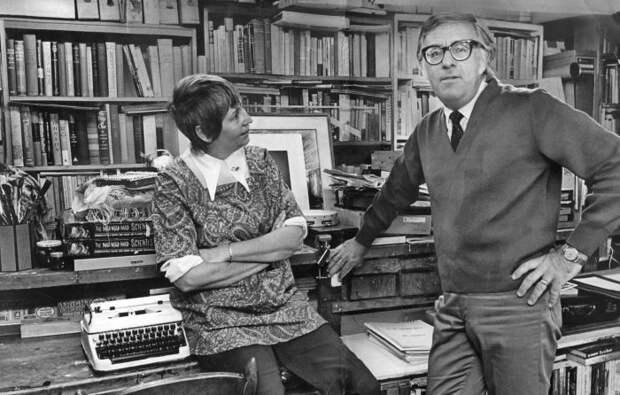 Любовь с первого взгляда и 57 лет безусловного счастья чудаковатого гения-фантаста Рэя Брэдбери