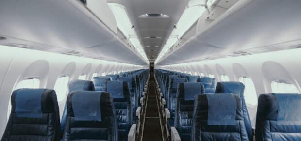S7 и «Новапорт» пожаловались регуляторам на дискриминацию при полетах за рубеж