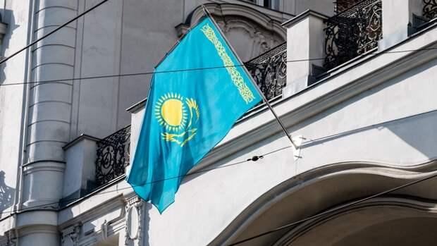 Политолог Чеботарев оценил шансы США разместить военную базу в Казахстане...