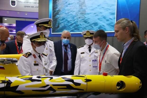 """Новый подводный аппарат """"Амулет-2"""" представили на МВМС-2021"""