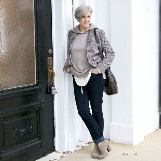 Идеальный гардероб: от каких вещей стоит отказаться женщинам после 50
