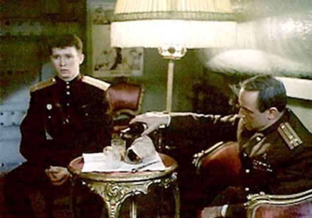 Кадр из фильма *Анкор, еще анкор!*, 1992   Фото: kino-teatr.ru