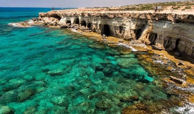 С 1 апреля оренбуржцы смогут отдохнуть на Кипре