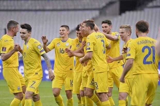 Очевидная провокация: эксперты о новой форме сборной Украины по футболу
