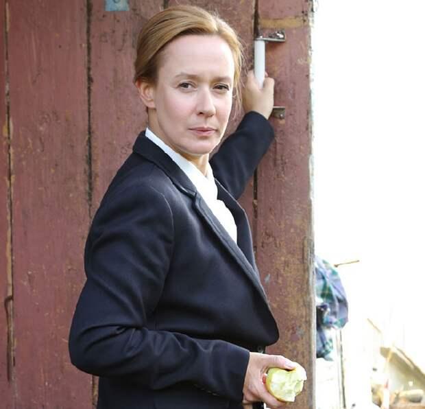 Кадр из фильма с Евгенией Дмитриевой в главной роли.