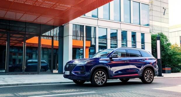Два дисплея, стиль Lexus, а цена — чуть больше миллиона рублей: Changan готовит к презентации обновленный CS75 PLUS