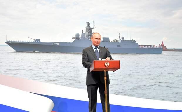 Путин уже 15 лет не позволяет НАТО расширяться  – немецкий политолог