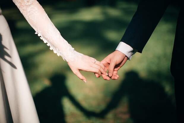 Как женить на себе принца? Женские стратегии обольщения на примере сказочных героинь
