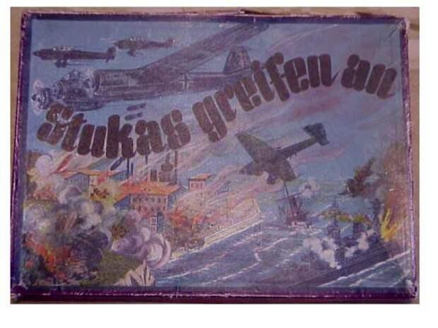 Во что играли дети СССР и Третьего Рейха во время Второй Мировой Войны.