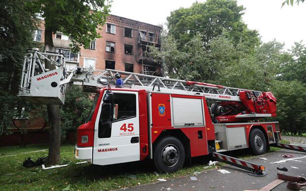 Пожарные не проедут: названы регионы с самыми тесными дворами
