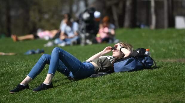 Иммунолог прокомментировала решение о длинных майских выходных