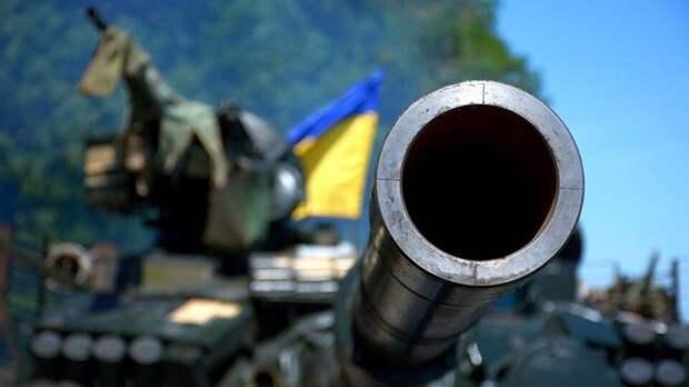 Странные танки ВСУ привлекли внимание наблюдателей ОБСЕ