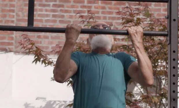 Тренировка 80-летнего деда: он уделает по силе любого лентяя