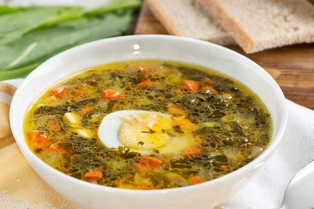 Щавелевый суп с овощами и грибами