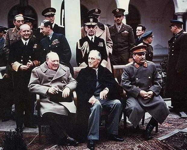 «Гнилому времени наступил конец!» — сети об отношении Лаврова к Сталину