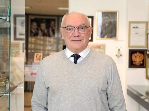 Доктор Румянцев призывал расширить спектр бесплатных анализов