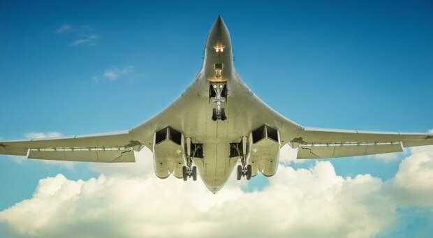 Китайские эксперты признали российский ракетоносец Ту-160 лучшим в мире
