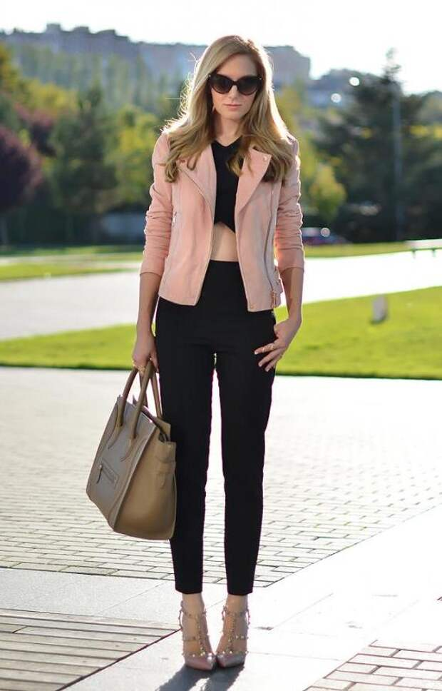 Пудровый цвет: комбинируем оттенки в одежде