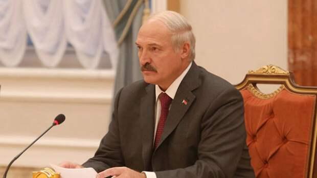 Лукашенко назвал глупым шагом обращение на него в прокуратуру Германии
