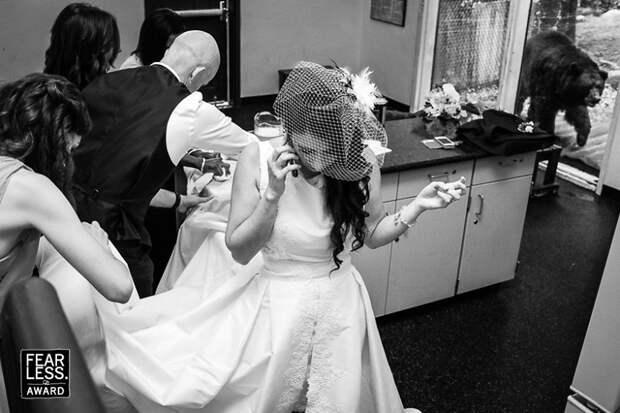 9 смешных и милых фото со свадеб, которые точно покажут детям