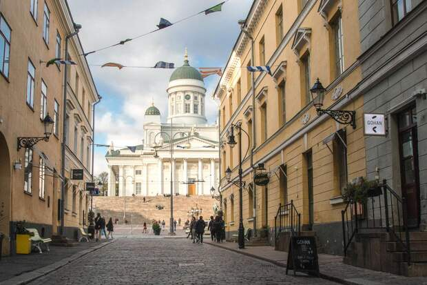 Хельсинки. Вид на Сенатскую площадь. Фото из личного архива Алексея Раумо