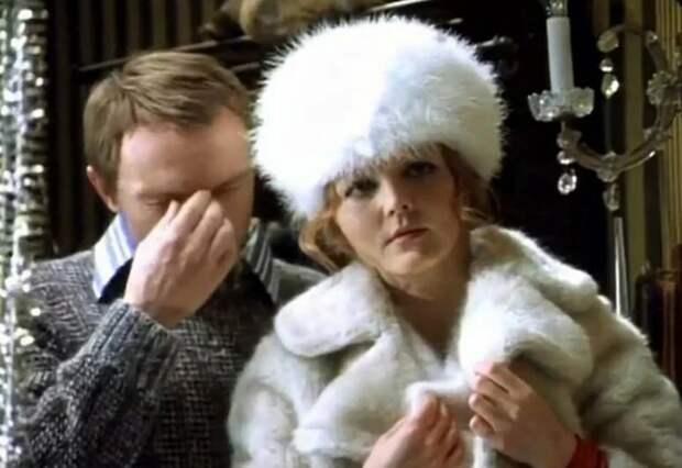В своей белоснежной пуховой шапке Галя напоминала Снежную королеву / Фото: mk.ru