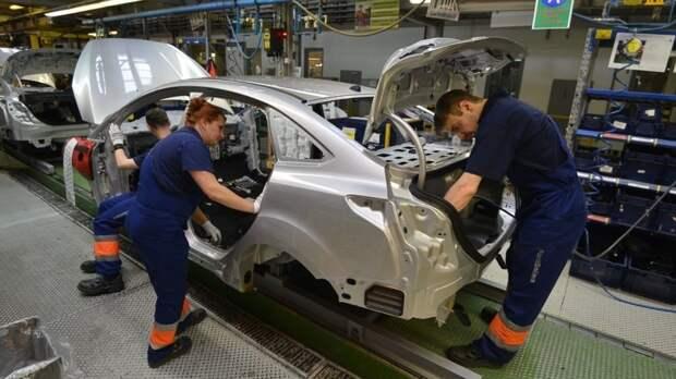 Автозаводы всего мира останавливают конвейеры из-за дефицита чипов