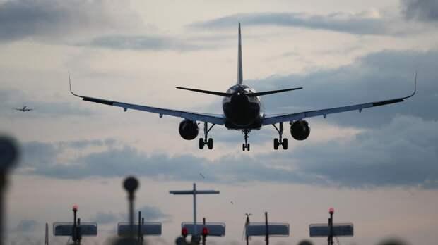 Нелетные полгода: вернуть деньги за авиабилеты предложили из бюджета