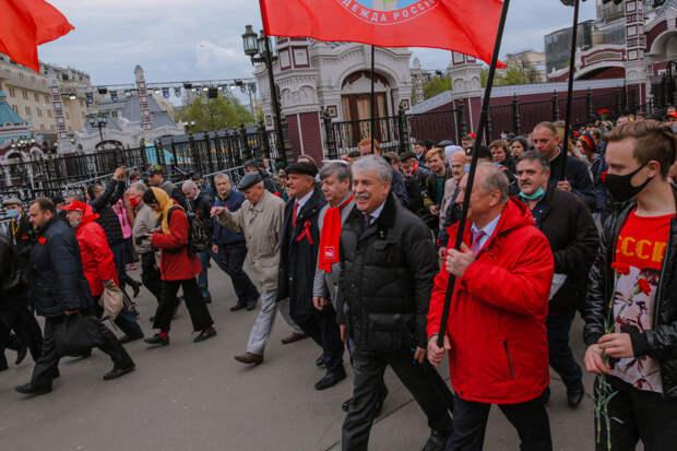 «Делать акцию, на которую не придёт и 500 человек?» Московские коммунисты оставили улицу