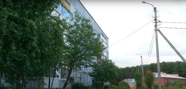Многоквартирные дома без газа в Удмуртии, невидимый памятник лодке «Курск» в Екатеринбурге и протест медиков в Минске: что произошло минувшей ночью