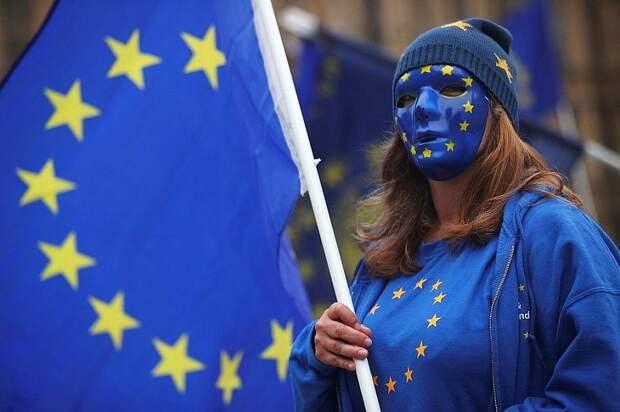 Европейцы смеются над безумными решениями властей ЕС по Навальному