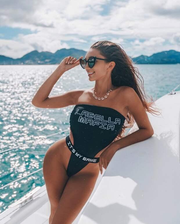 Модные купальники 2021: стильные новинки пляжной моды (+15 фото)