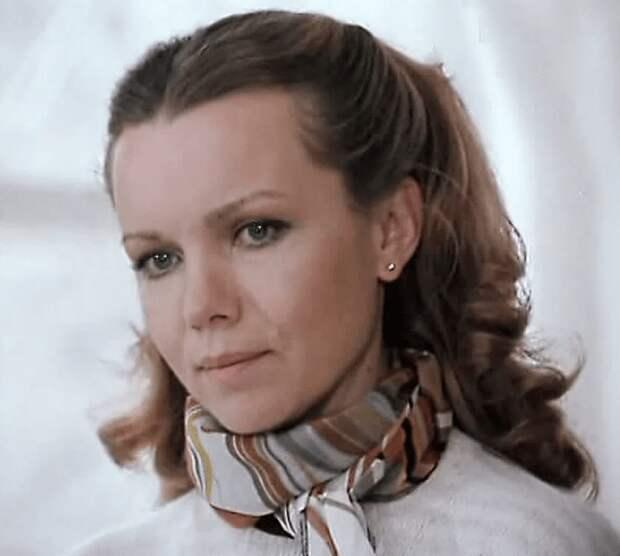 Виражи судьбы Валентины Теличкиной: почему актриса относилась к Гайдаю с недоверием