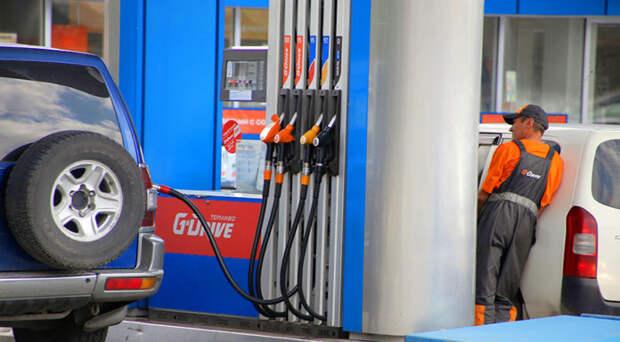 Райффайзенбанк подключил к Системе быстрых платежей сеть автозаправочных станций  Shell, Лукойл и Nafta24 в Новосибирске