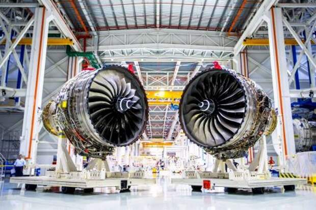 Двигатели Rolls-Royce Trent 1000 TEN, торжественная презентация перед первой поставкой из Дерби на производственные площадки Boeing в США
