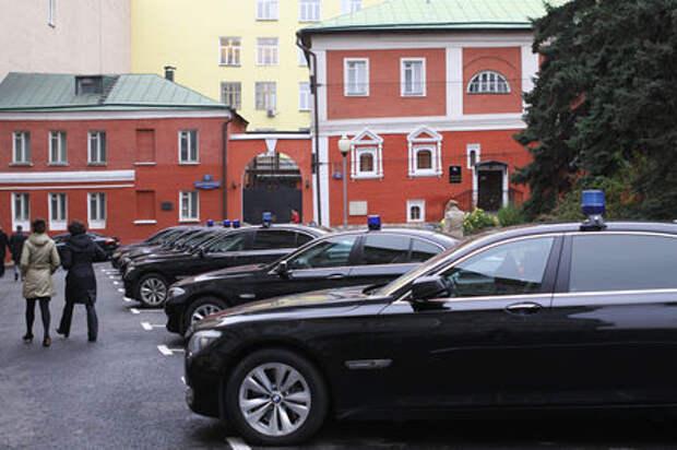 Чиновники вновь купят любимые автомобили: BMW построит завод в России