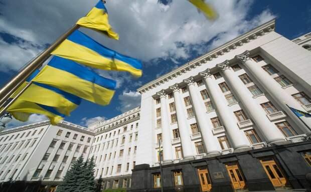 В офисе Зеленского рассказали, почему Украина не закрывает границу с Россией