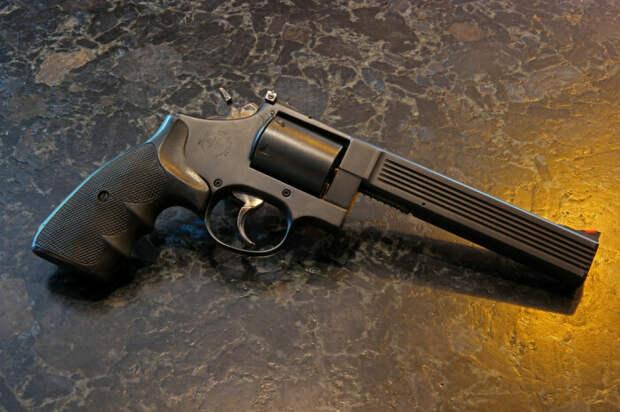 Выглядит револьвер солидно. |Фото: flickr.com.
