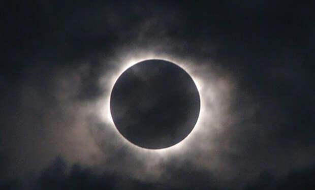 Сегодня россияне смогут наблюдать затмение Луны