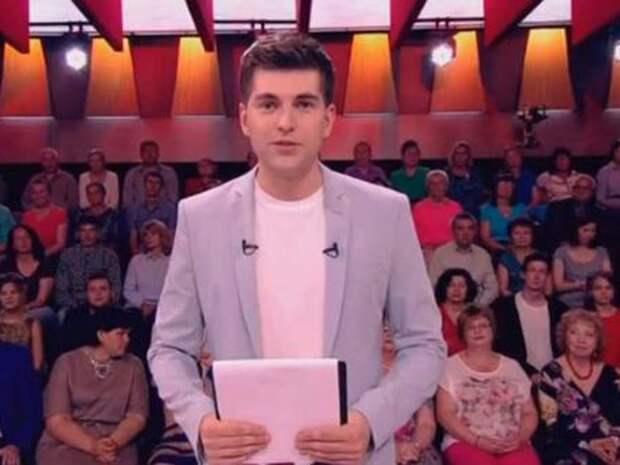 Телеведущий Первого канала Дмитрий Борисов попал в больницу с COVID-19
