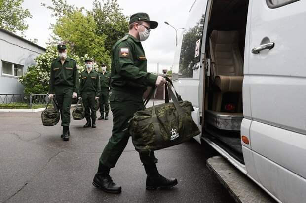 В Союзе солдатских матерей сообщили о несоблюдении военкоматами мер безопасности по коронавирусу