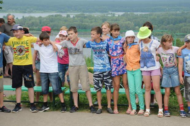 Кешбэк за детский отдых начал работать в России