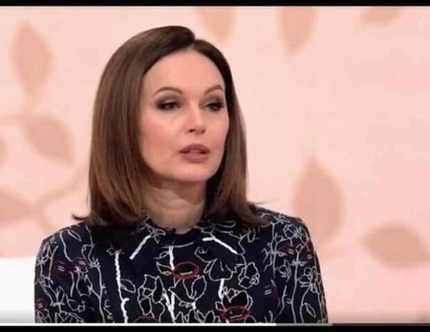 Ирина Безрукова рассказала про мечты о втором ребенке и объяснила, почему так и не родила
